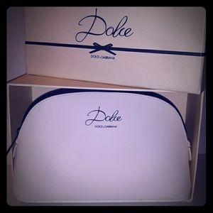 Nice DOLCE & GABBANA  Zip Cosmetic Bag & DG Box